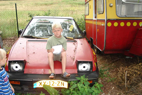 De B&A auto en caravan van Dylon Schut.