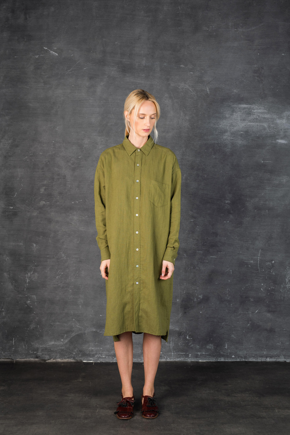 Front: 432/Martini olive