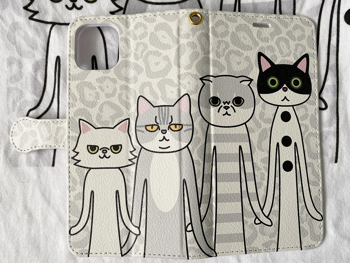 ネコたちの背丈は右上がりに高く