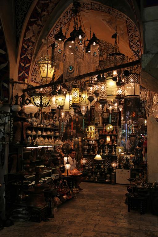 Im grossen Bazar