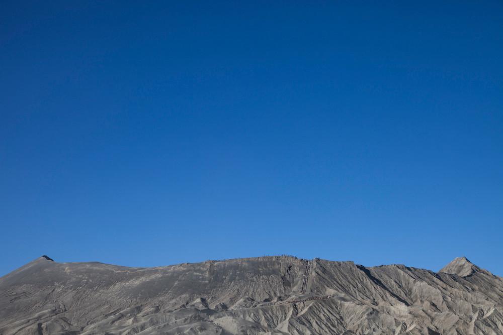 Spaziergang auf dem Kraterrand