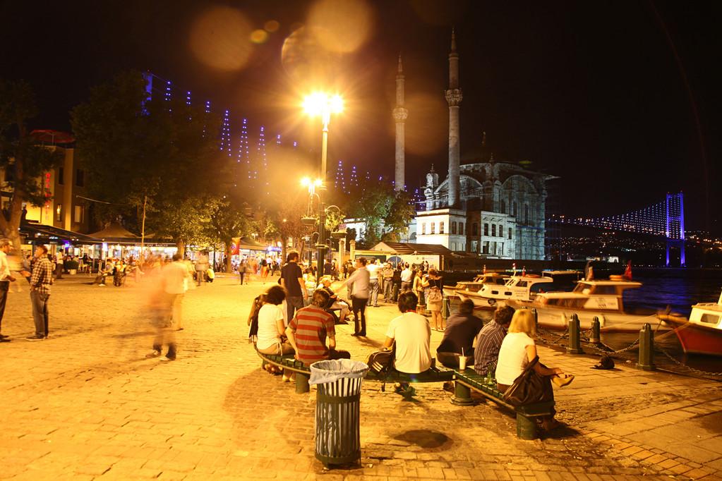 Besonders schön bei Nacht: Ortakoy