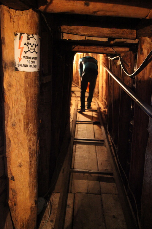 Der Tunnel der Sarajevos Überleben sicherte