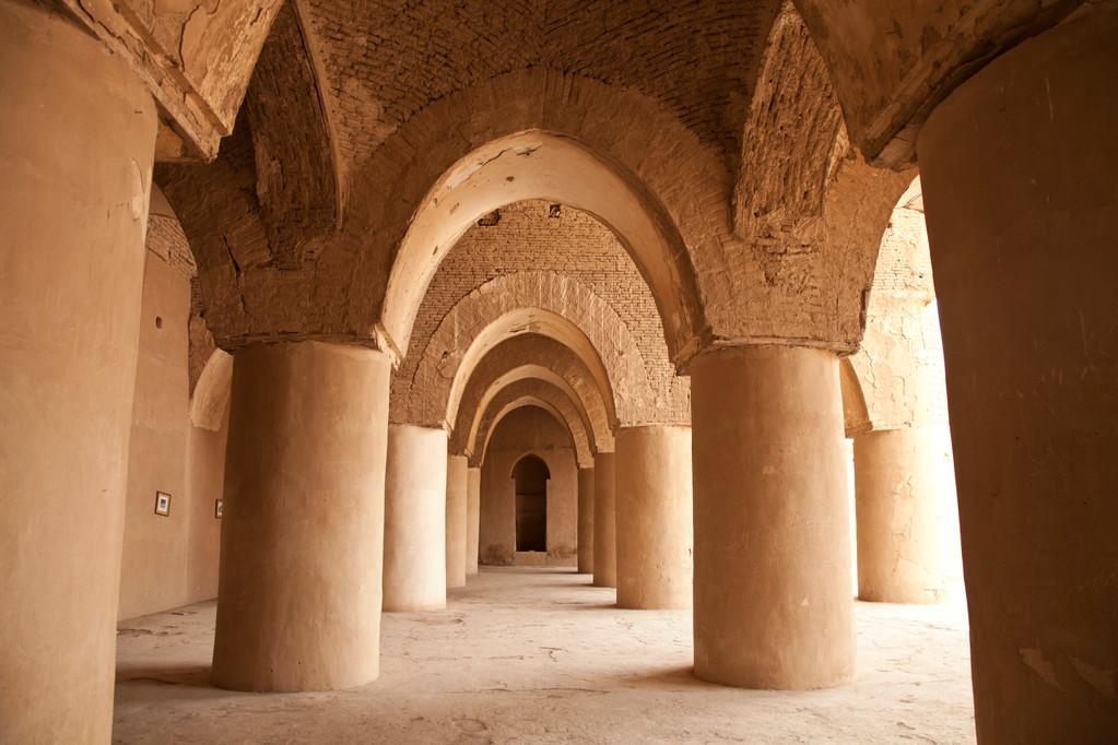 in der ältesten Moschee des Landes