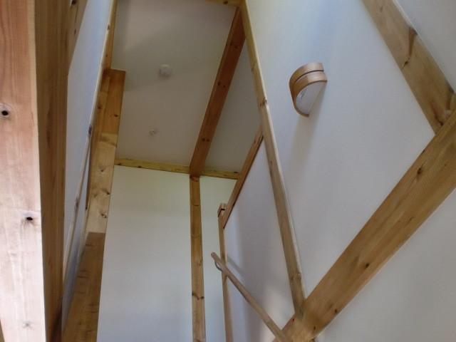 階段 真壁 ブラケット照明
