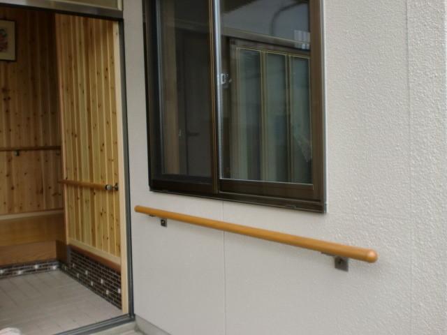 施工後 洋室中連サッシ 取付 外壁塗装仕上げ
