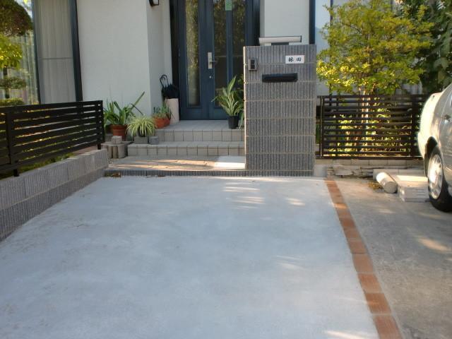 施工後 化粧ブロック+フェンス