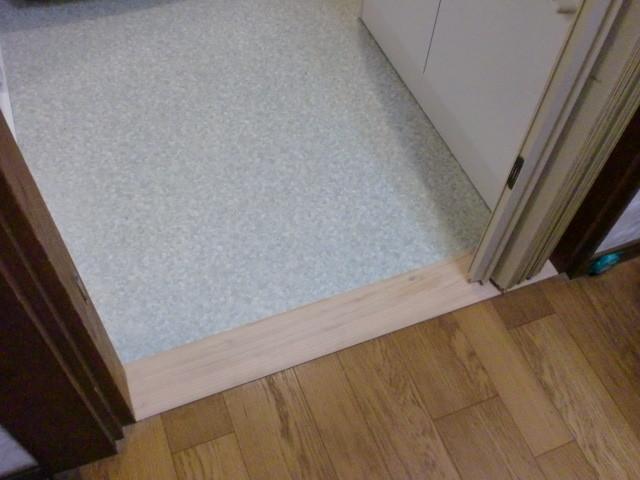 施工後 廊下⇔洗面/脱衣室 床