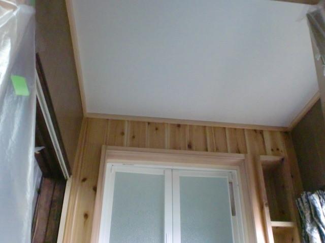 施工後 廊下 天井塗装仕上