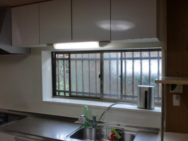 施工後 システムキッチン施工 キッチンパネル貼り
