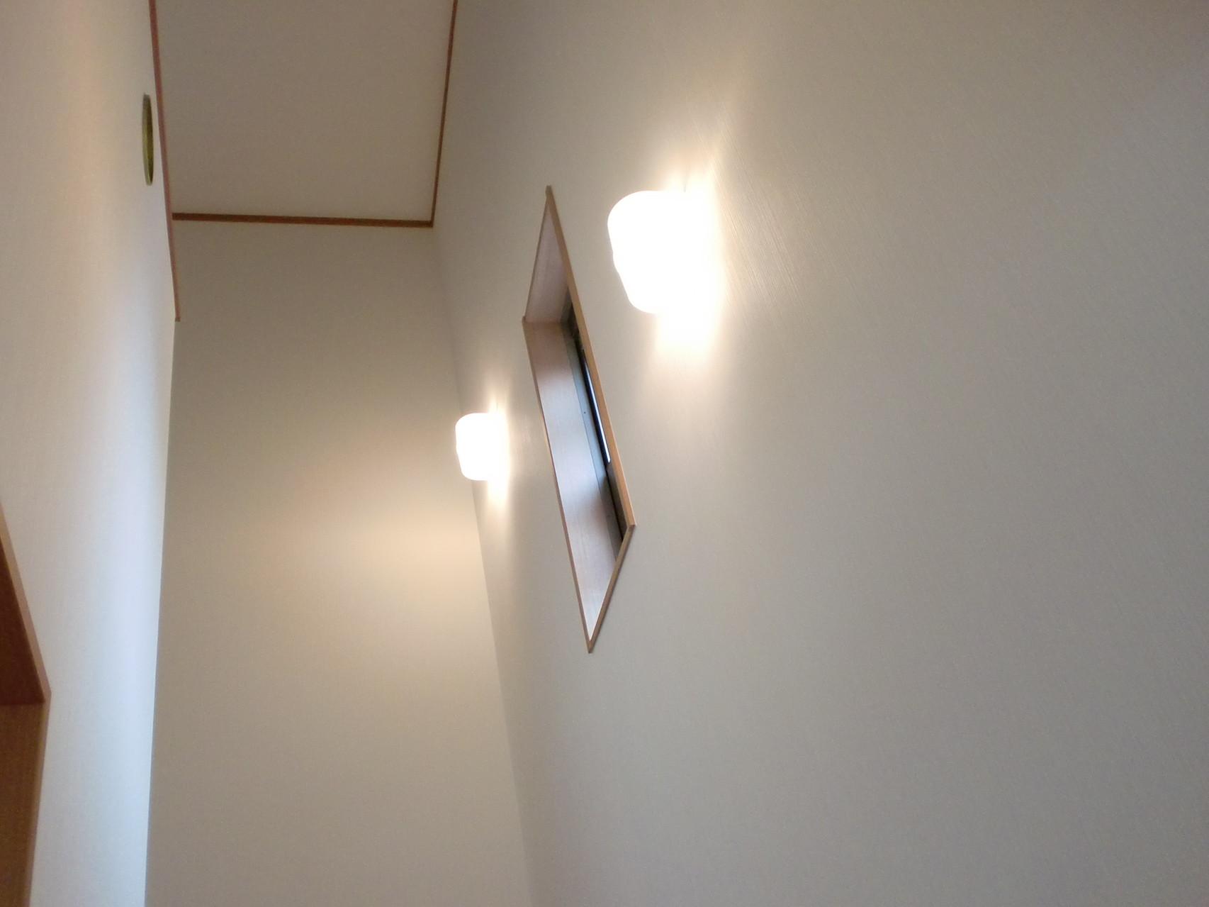 階段 ブラケット照明