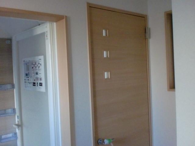 浴室折戸→  トイレドア