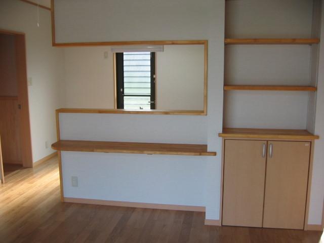 対面キッチン 飾り棚収納