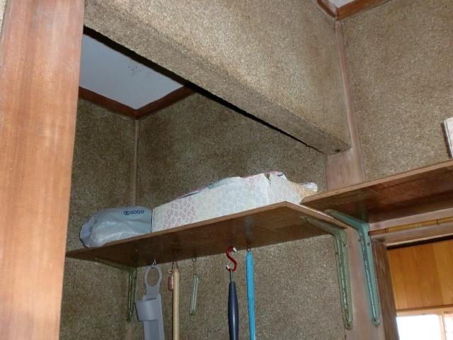 施工前 脱衣室 ⇔ トイレ 間仕切 壁無