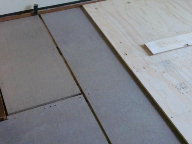 施工中 マンション用パネル下地工法+下地合板