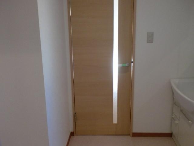 洗面・脱衣室⇔LDK 洗面室ドア