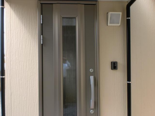 玄関断熱ドア (三協立山アルミ)