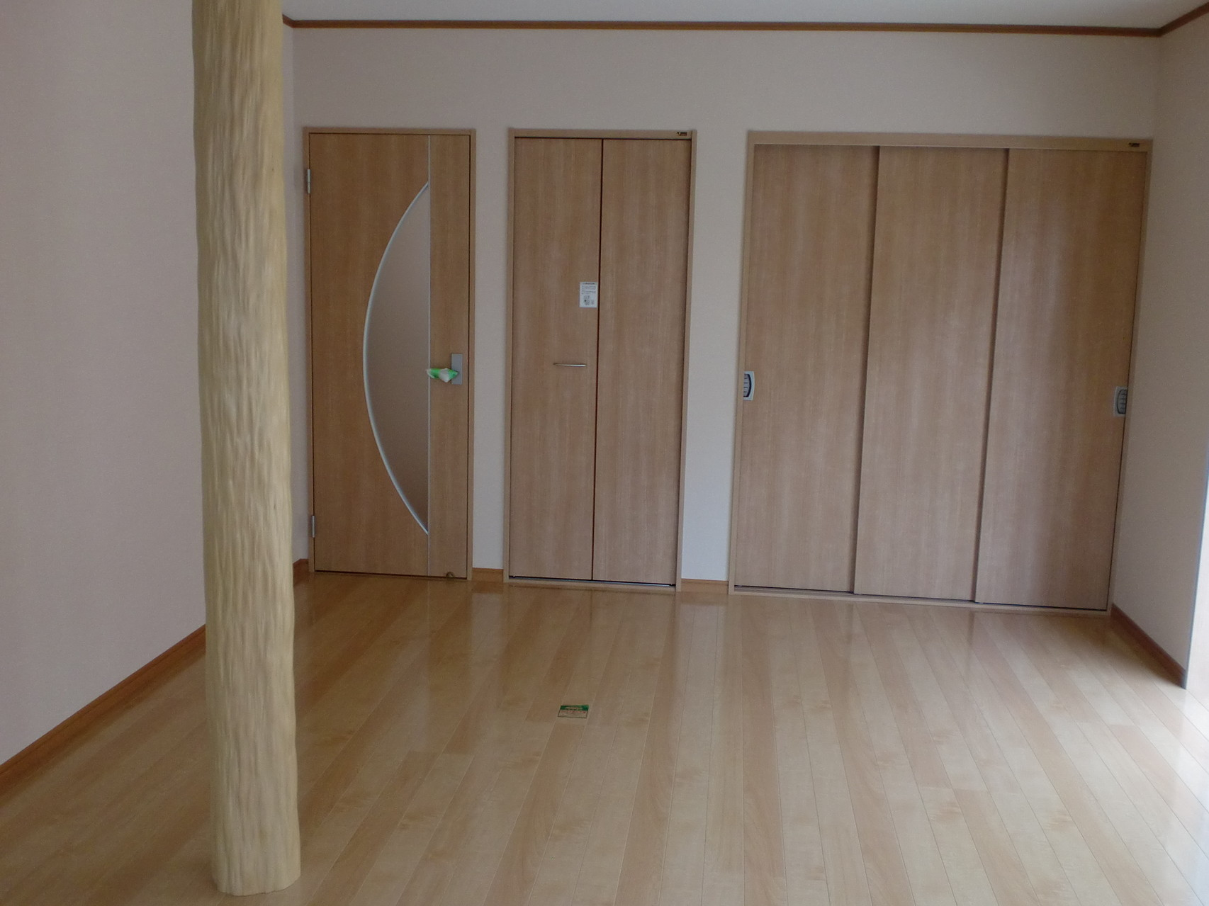 LDK 押入・入口ドア