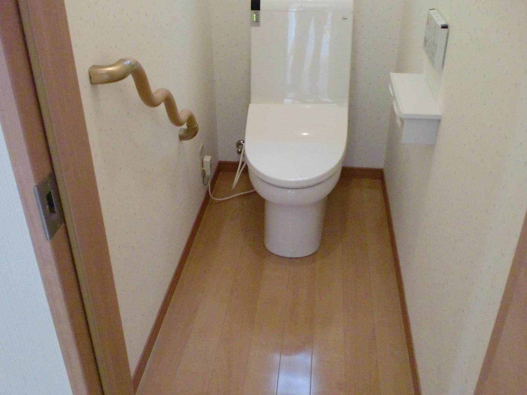 1階トイレ室