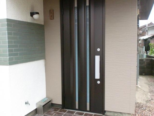 施工後 玄関ドア 金属アルミ (三協立山アルミ)