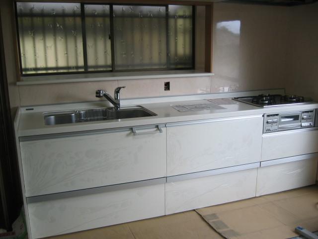 施工後 システムキッチン+キッチン出窓周囲