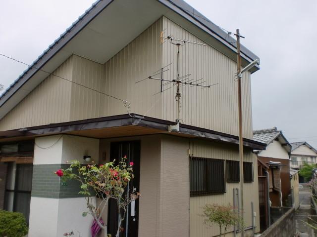 施工後完成 外壁板金貼り / 板金塗装 / 玄関取替