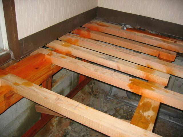 施工中 床下地組 シロアリ駆除