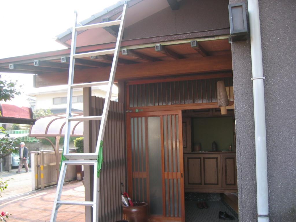 施工前 玄関木製建具