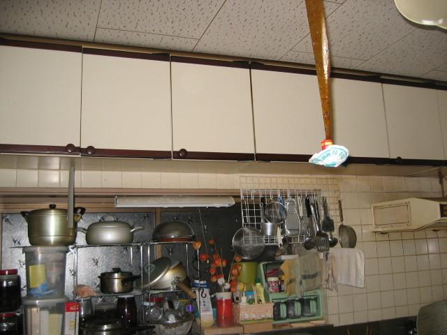 施工前 吊戸+換気扇