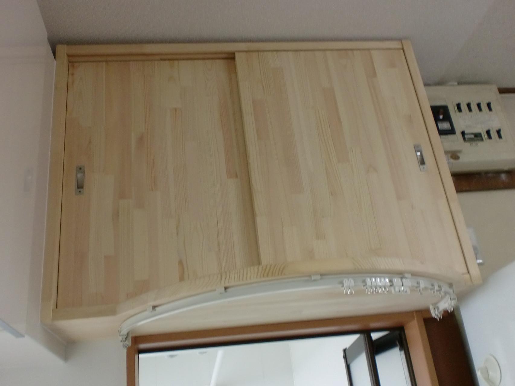 施工後 洗面脱衣室入口上部 手造り 収納
