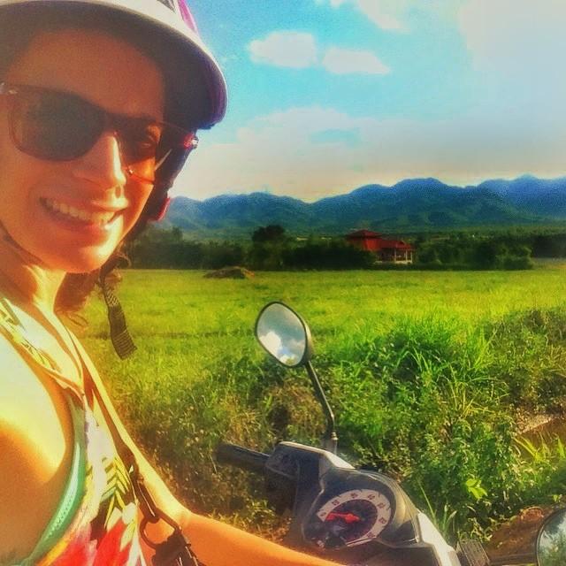 travel blogger thailand