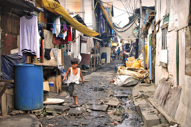 are there slums in the Philippines?