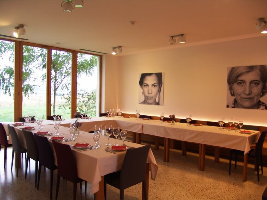Restaurant prepared for an official dinner for up to 16 guests (total capacity: 36 guests)