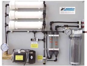 Bild: Osmoseseanlage mit Druckerhöhungspumpe für professionelle Anwendungen