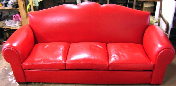 réfection canapé cuir rouge