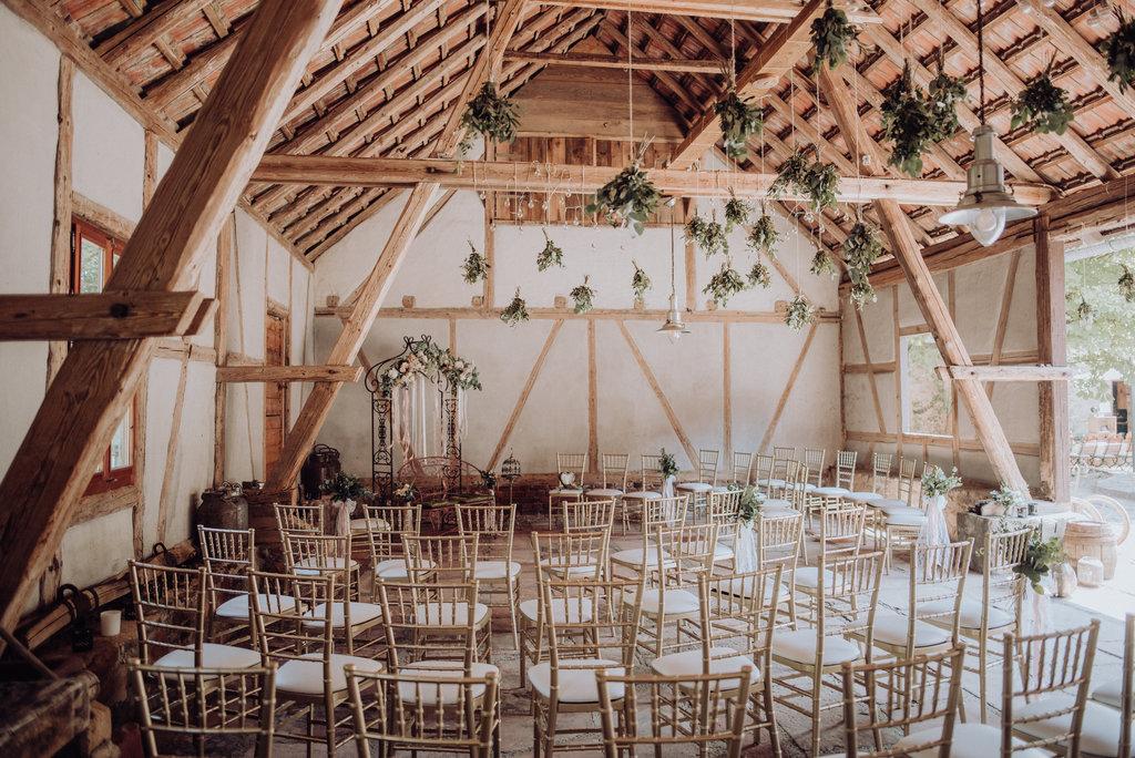 Hochzeit in einer Scheune feiern?