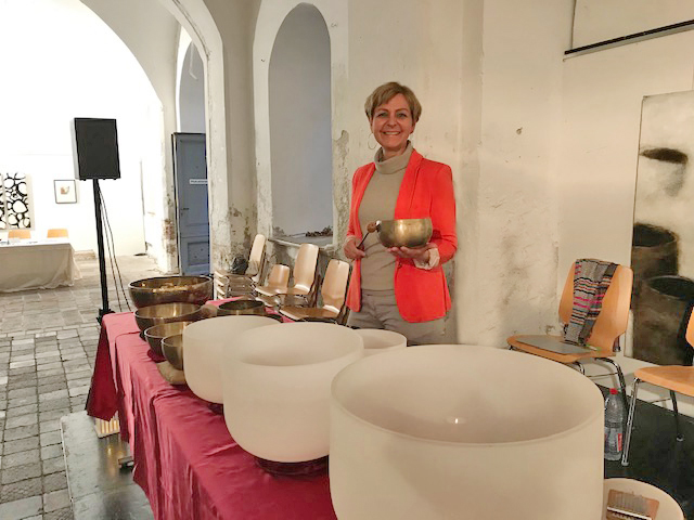 Klangreise mit dem Hospizverein 2019 in der Säulenhalle in Landsberg am Lech