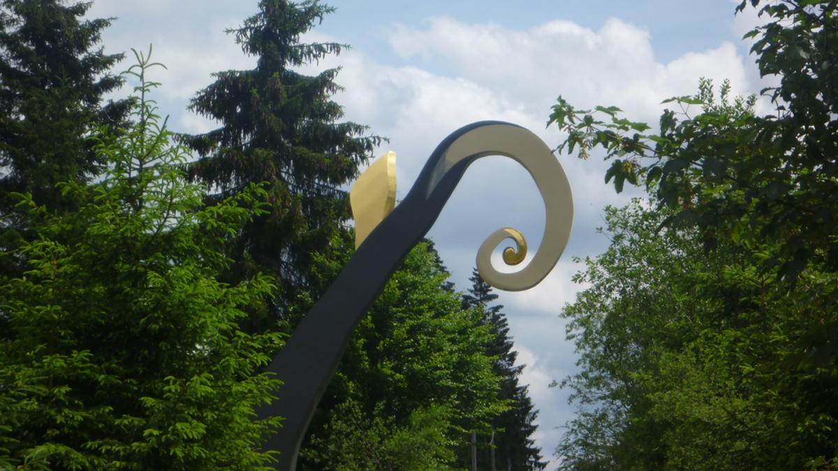 Skulptur Krummstab auf Schanze