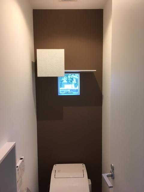 1Fトイレ壁収納