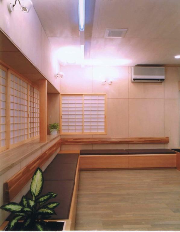 K clinic -待合室