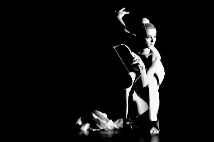 Cie Kimé, Artemiss', théâtre de rue, arts de la rue, déesse, mythologie grecque, danse, duo