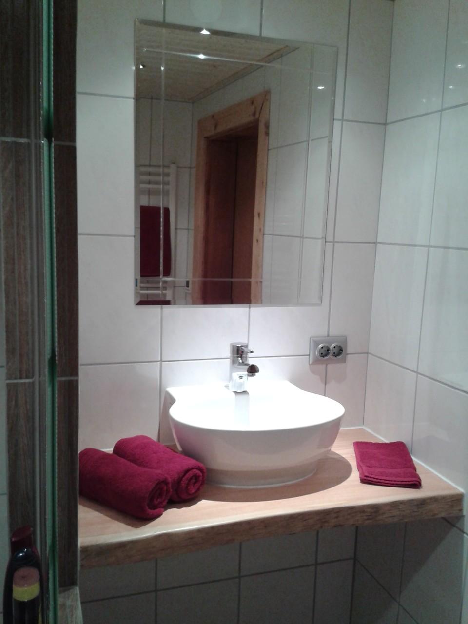 Badezimmer im urigem Design