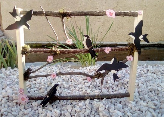cadre décoratif : les hirondelles