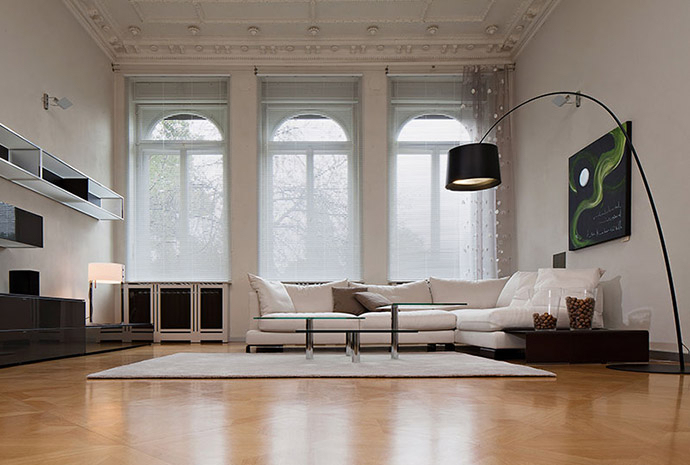 horizontal jalousien rutronic storen und rollladen. Black Bedroom Furniture Sets. Home Design Ideas