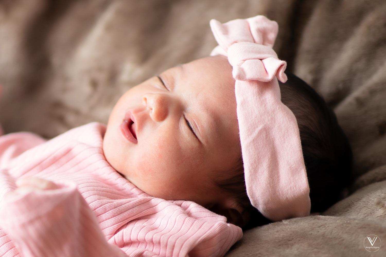 Neugeborene Fotografie und Babyfotografie Reutlingen