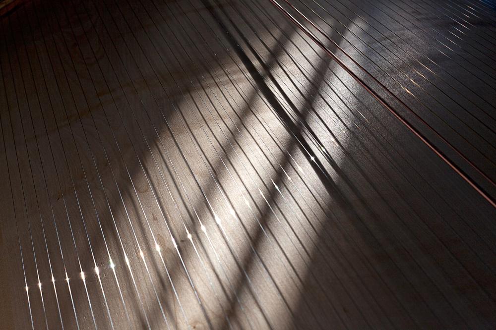 60 Saiten der Klangliege sorgen für den weichen Klang – Selbstheilungskräfte stärken