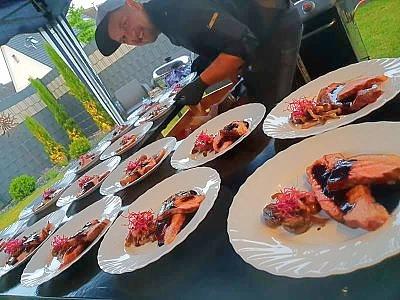Kooperation Steak-Tasting/ Anrichten