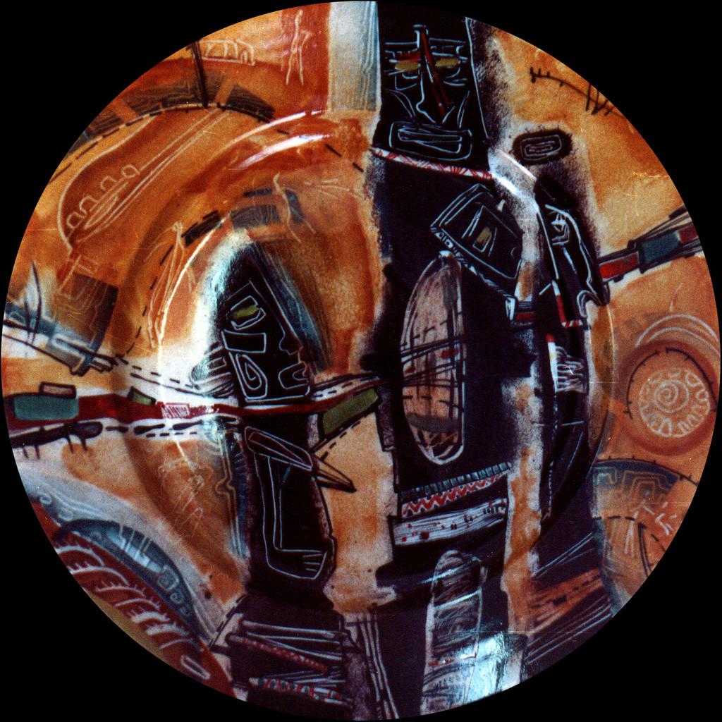"""""""Idols №2"""", D-30cm, porcelain, overglaze painting,2012"""