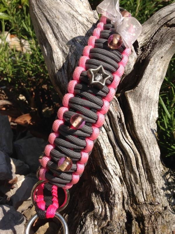 black - pink - rosa - grey KingCobra mit Glasperlen und Schleifen