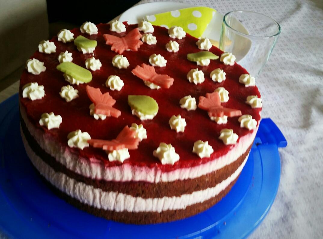 Himbeer/Erdbeer Topfen Torte